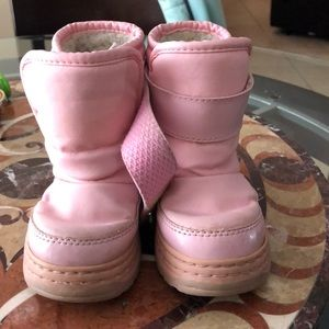 Toddler pink snow boots 7